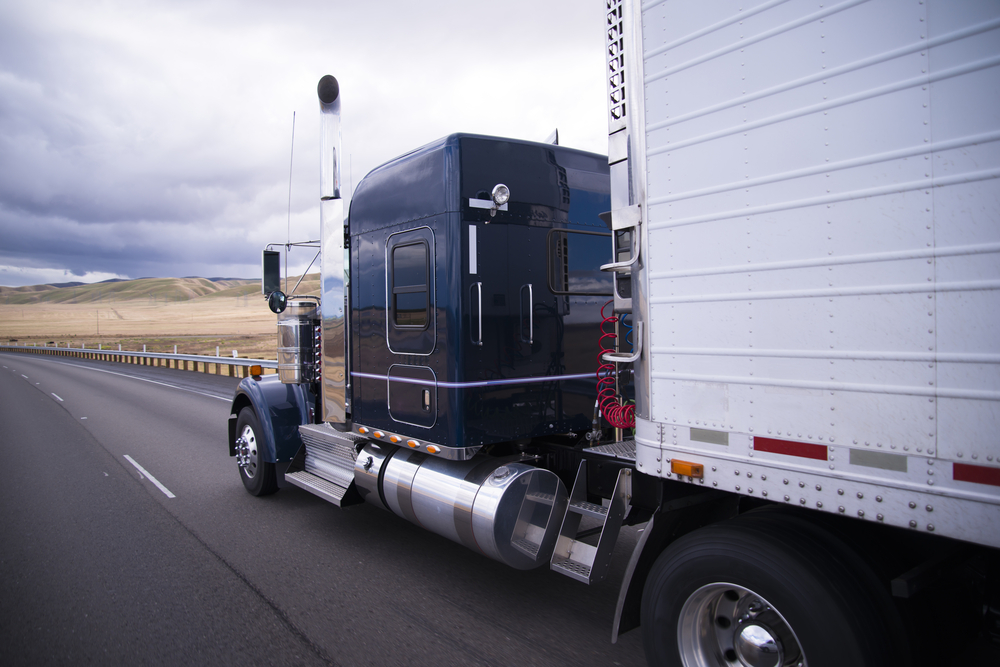 On the Road with Giants: Eighteen Wheeler Safety Tips