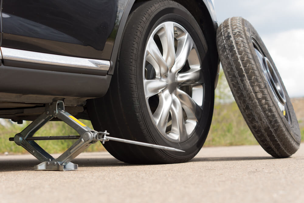 How to Change Tires: 5-Step Guide to Survive a Flat Tire