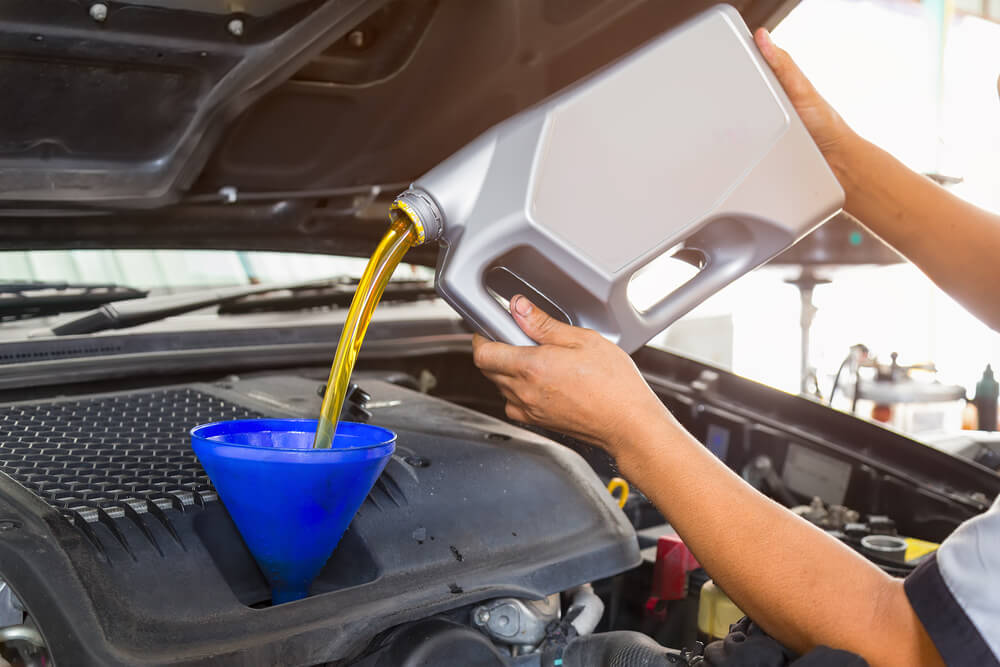 What Type Of Oil Does My Car Use: This Is How You Change Your Car Oil At Home In 4 Steps