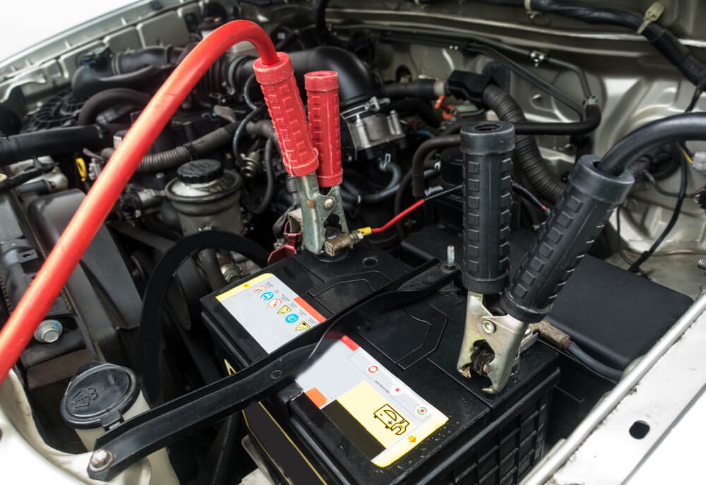 Built In Vehicle Jumper Cables : This is how you ⚡ jump start a car in trusted steps